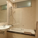 Main En-Suite, 506 Lighthouse Mall